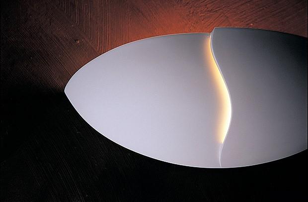 Гипсовый накладной светильник