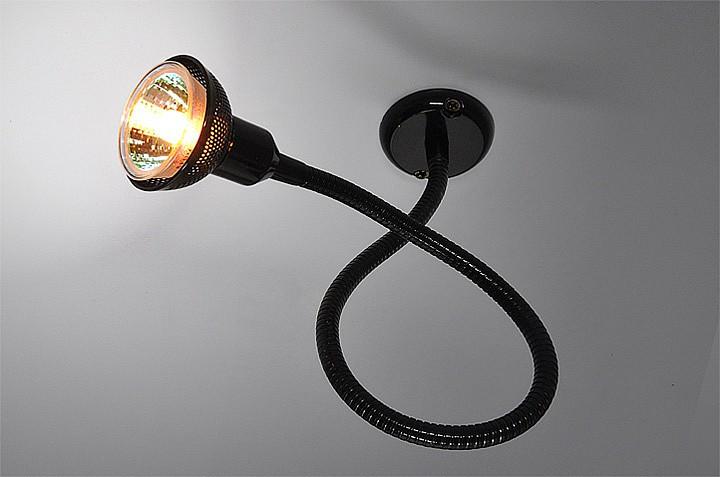 Гибкий чёрный настенный светильник